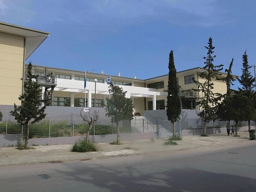 Γυμνάσιο Βουλιαγμένης: Ένα σχολείο χωρίς …αυλή   Παλμός Γλυφάδας